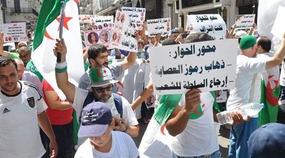 مظاهرات الحراك الشعبي في الجزائر (صحيفة الخبر)
