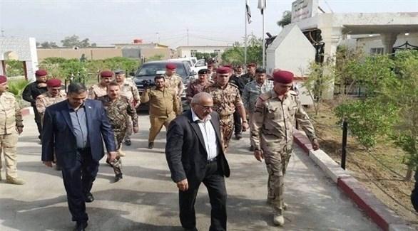 عادل عبدالمهدي يصل قيادة عمليات الأنبار (أرشيف)