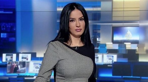 الإعلامية الجزائرية المستقيلة من الجزيرة حسينة أوشان (أرشيف)