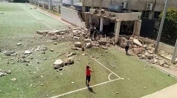 عراقيون في الملعب المستهدف بكركوك (أرشيف)
