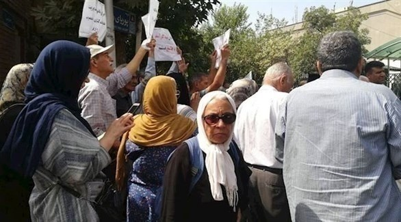 جانب من إحدى الاحتجاجات في طهران (تويتر)