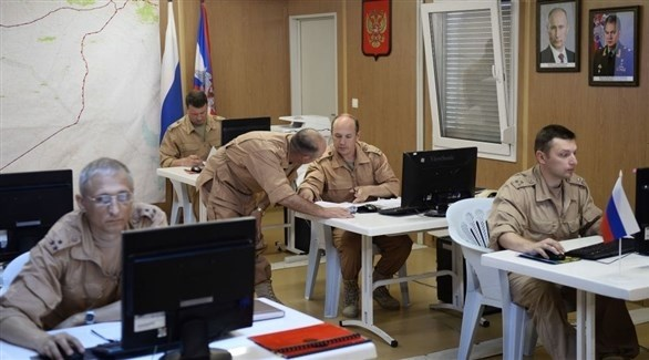 ضباط روس في مركز المصالحة الروسي في سوريا (أرشيف)