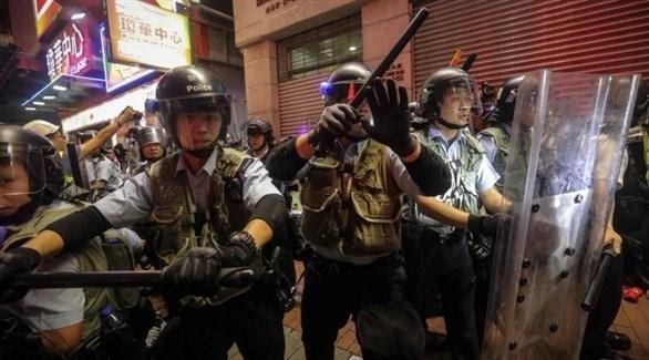شرطة هونغ كونغ تشتبك مع متظاهرين (أرشيف)