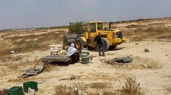 هدم الاحتلال الإسرائيلي لمساكن الفلسطنيين (تويتر)