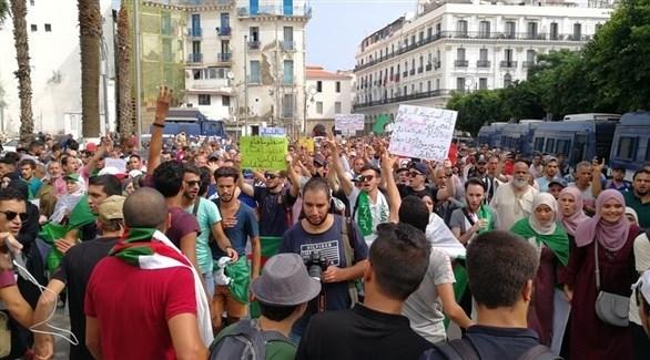 المسيرة الطلابية الـ 30 في الجزائر (أرشيف)