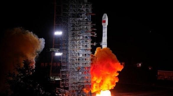 إطلاق الصين لقمرين صناعيين يعملان بنظام