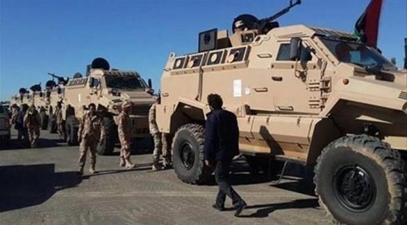 جنود ليبيون ومدرعات في محيط العاصمة طرابلس (أرشيف)