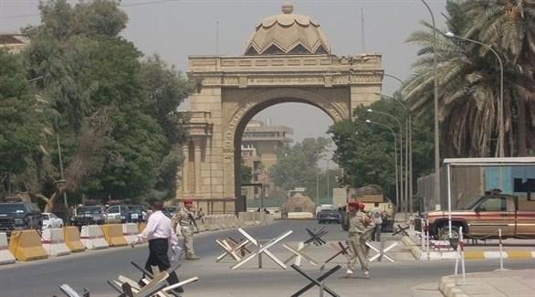 حاجز أمني أمام مدخل المنطقة الخضراء في بغداد (أرشيف)