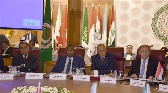 خلال الاجتماع (الجامعة العربية)
