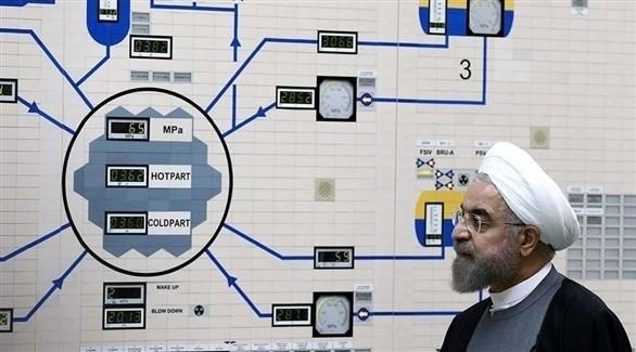 الرئيس الإيراني حسن روحاني يتفقد مفاعلاً نووياً (أرشيف)