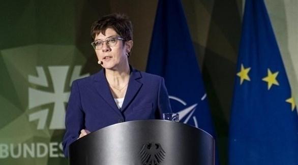 وزيرة الدفاع الألمانية أنغريت كرامب كارنباور (أرشيف)
