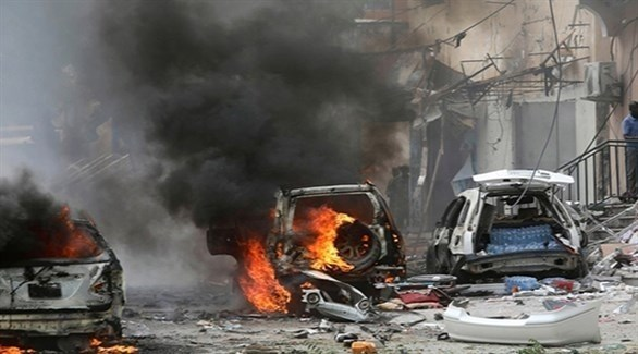 نيران ودخان في مقديشو بعد هجوم إرهاب سابق (أرشيف)