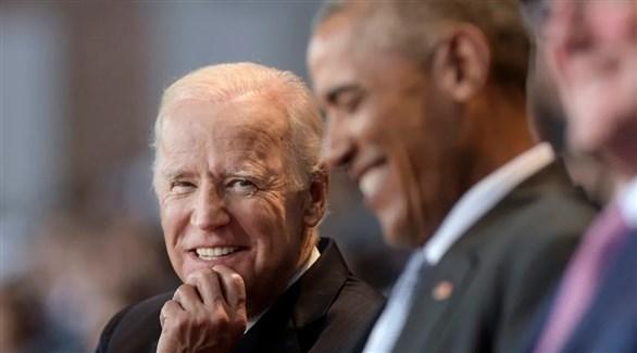 المرشح الرئاسي جو بايدن إلى جانب الرئيس السابق باراك أوباما (أرشيف)