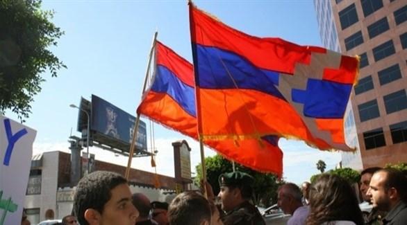رفع أعلام جمهورية ناغورني قره باغ (أرشيف)