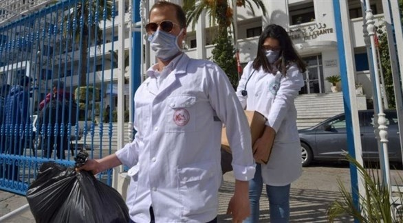 طواقم طبية لمكافحة كورونا في تونس (أرشيف)
