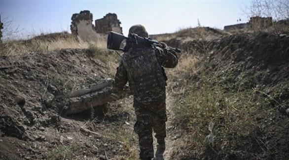 عسكري أرمني على الجبهة (أ ف ب)