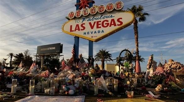 ورود وأعلام تكريماً لضحايا مجزرة لاس فيغاس (أرشيف)