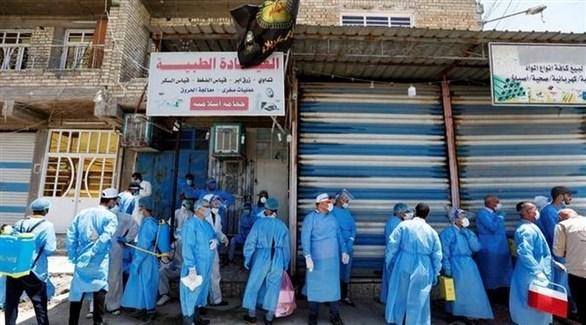 متطوعون وعاملون في القطاع الصحي العراقي في بغداد (أرشيف)