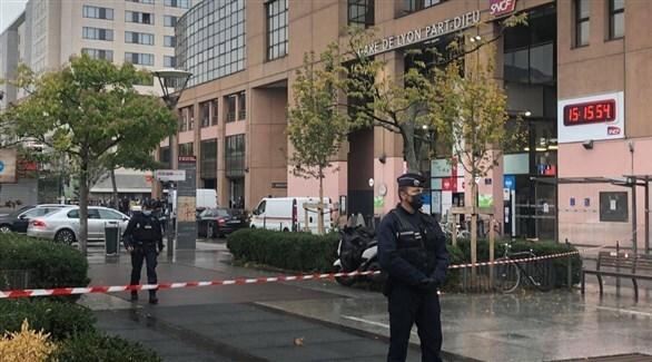عناصر الأمن الفرنسي أما محطة القطار (أرشيف)