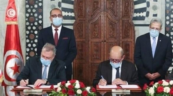 وزير الخارجية الفرنسي لودريان ونظيره التونسي الجرندي (أرشيف)