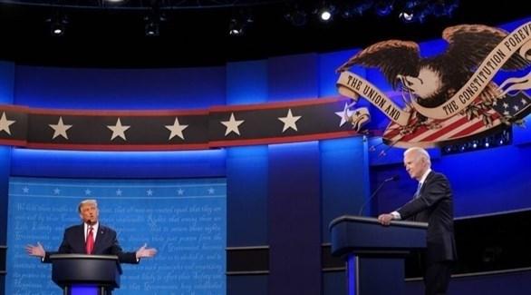 الرئيس دونالد ترامب ومنافسه الديمقراطي جو بايدن في مناظرتهما الأخيرة (تويتر)