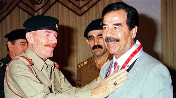 صدام حسين وعزت الدوري (أرشيف)