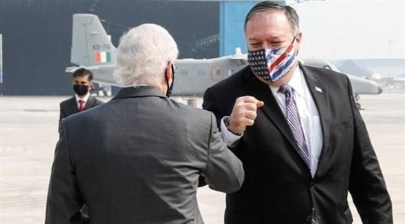 وزير الخارجية الأمريكي مايك بومبيو بعد وصوله إلى الهند (تويتر)