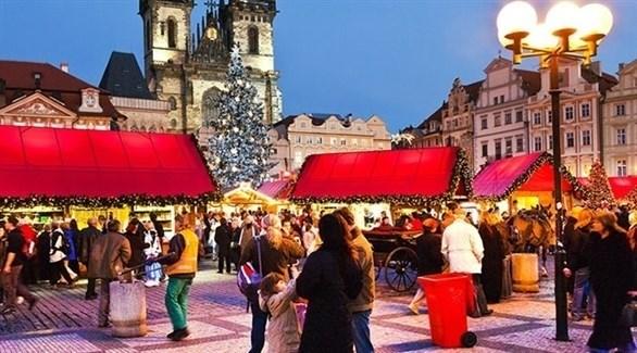 أحد أسواق عيد الميلاد  في براغ في عام سابق (أرشيف)