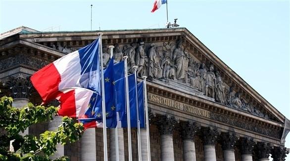 أعلام فرنسا مرفوعة أمام وزارة الخارجية (أرشيف)