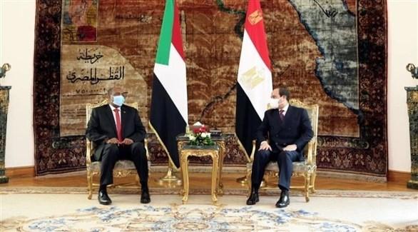 الرئيس المصري عبد الفتاح السيسي ورئيس مجلس السيادة السوداني عبد الفتاح البرهان (تويتر)