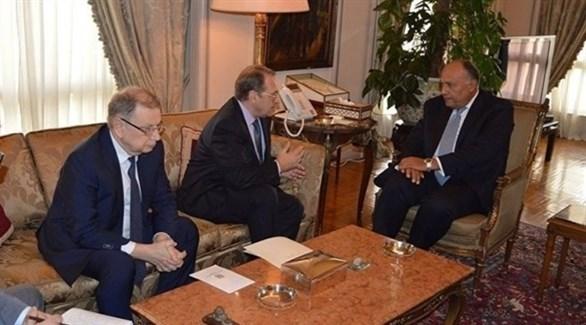 لقاء سابق بين وزير الخارجية المصري سامح شكري ونائب وزير الخارجية الروسي ميخائيل بوغدانوف (أرشيف)