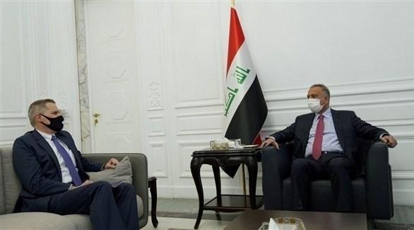 رئيس الوزراء العراقي مستقبلاً السفير الأمريكي