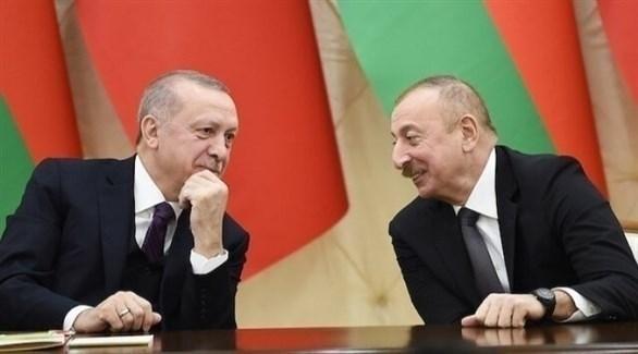 الرئيسان الأذري إلهام علييف والتركي رجب طيب أردوغان (أرشيف)