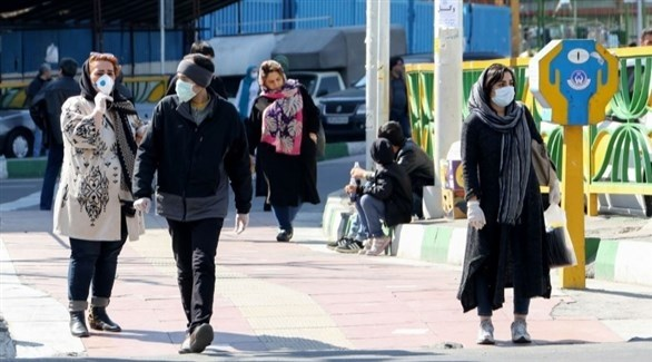 إيرانيون في أحد شوارع طهران (أرشيف)