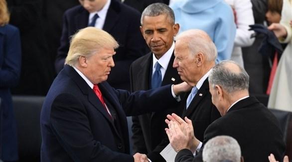 جو بايدن ودونالد ترامب ويبدو باراك أوباما في الوسط (أرشيف)