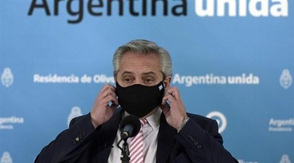 الرئيس الأرجنتيني ألبرتو فرنانديز (أرشيف)
