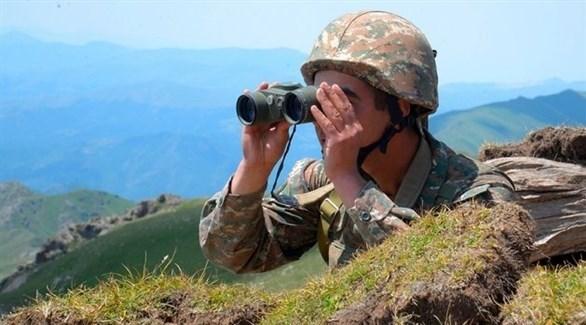 جندي على الحدود المتنازع عليها (أرشيف)