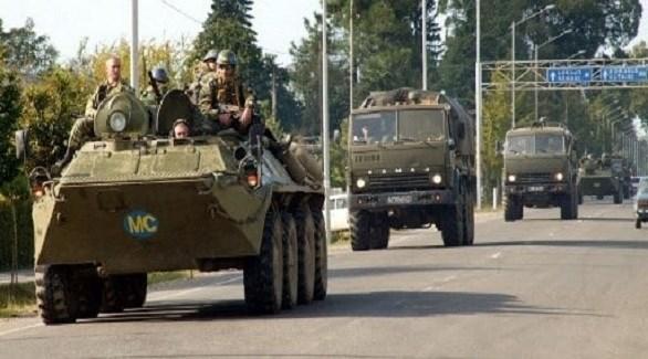 قافلة عسكرية روسية في أرمينيا (روسيا بالعربية)