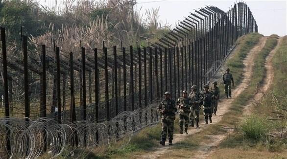 جنود عند الحدود الهندية الباكستانية (أرشيف)