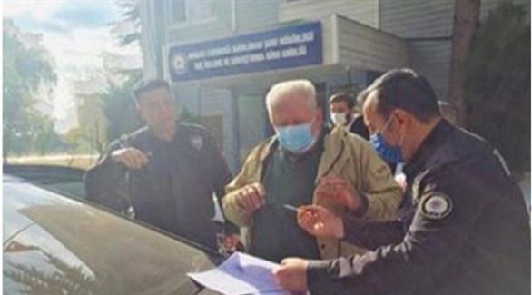أثناء اعتقال سردار أوغلو (صحيفة زمان)