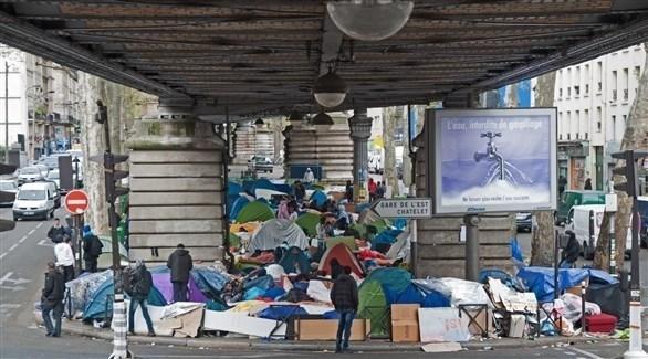 مخيم مهاجرين في باريس (أرشيف)