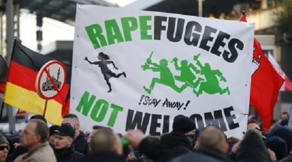متظاهرون من اليمين المتطرف في ألمانيا ضد الأجانب واللاجئين (أرشيف)