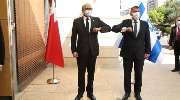 وزيرا الخارجية البحريني عبد اللطيف الزياني والإسرائيلي غابي أشكنازي (أرشيف)