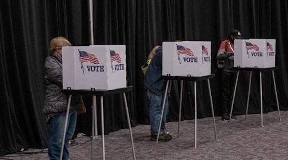 أمريكيون يصوتون في الانتخابات الرئاسية (أرشيف)