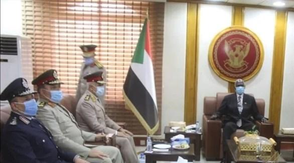 جانب من اللقاء بين الوزير ورئيس هيئة الأركان المصرية (باج نيوز)