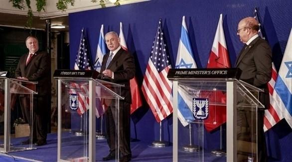 وزير الخارجية البحريني عبد اللطيف الزياني ورئيس وزراء إسرائيل نتنياهو ووزير الخارجية الأمريكي بومبيو (تويتر)