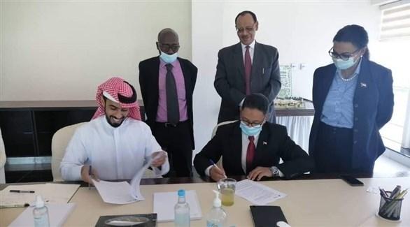 توقيع  مذكرة تفاهم بين السودان والإمارات لإنشاء محطات طاقة شمسية (وزارة الطاقة السودانية )