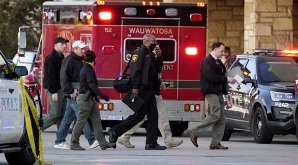 الشرطة الأمريكية في مكان الحادث (تويتر)