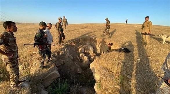 جنود من الجيش العراقي يمشطون أحد أوكار داعش (أرشيف)