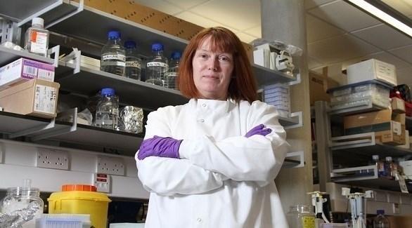 البروفيسورة سارة جيلبرت (ميرور)